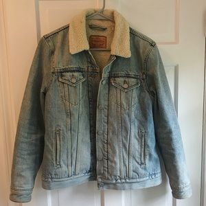 Levi's denim jacket with Sherpa lining